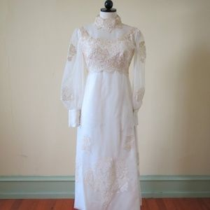 Dresses & Skirts - Vintage 1970's Lace Wedding Dress